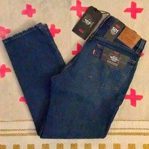 "NWT!! Levi's 501 High Waist Crop Jeans in ""Rebel"""